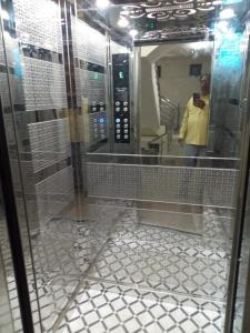 Jaimini Glass Lift 13